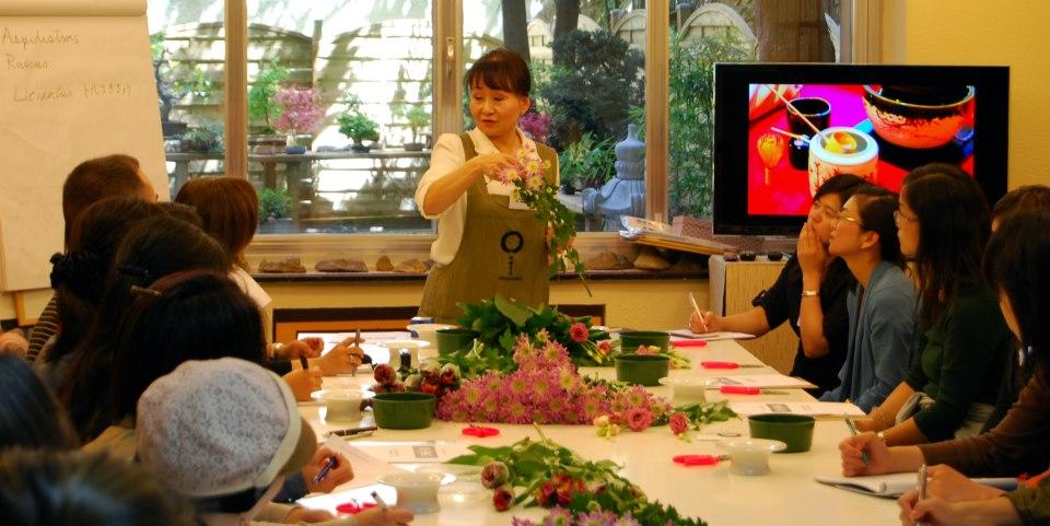 Ikebana - Arreglo Floral Japonés
